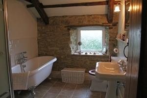Bathroom for The Tulip Room