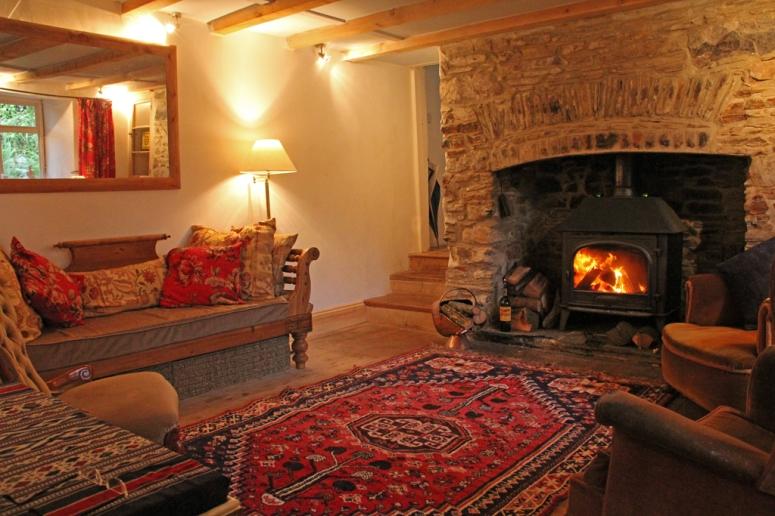 Old Home Cottage living room